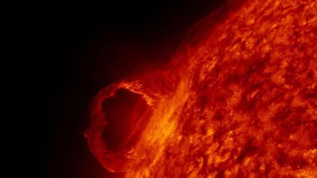 Éruption stellaire