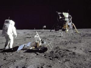 premiers pas lune